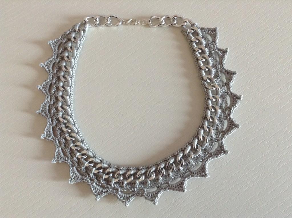Collana grigia punte catena argento